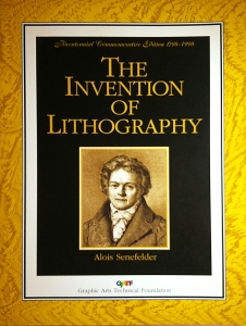 the inventionn of lithography The process of lithography dates back to 1796 it was invented by a german author, alois senefelderhe initially called this new method, chemical printing, as it is based on the principle that oil and water repel each other.